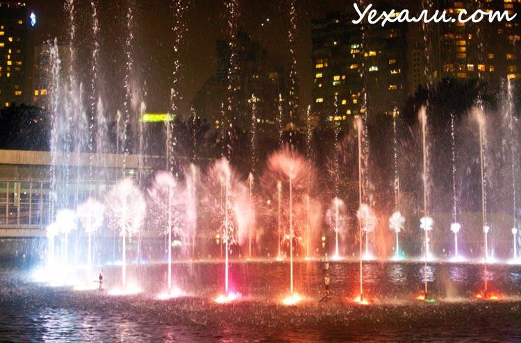 Что посмотреть в Куала-Лумпуре: музыкальные фонтаны