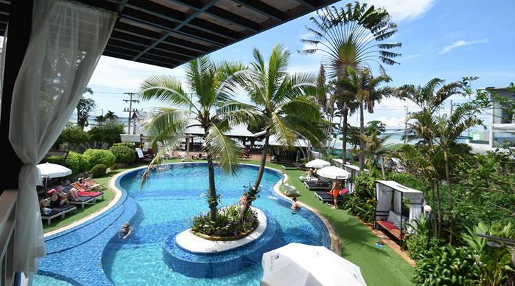 Отели пляжа Джомтьен на первой линии (Паттайя, Таиланд): Natural Park Resort.