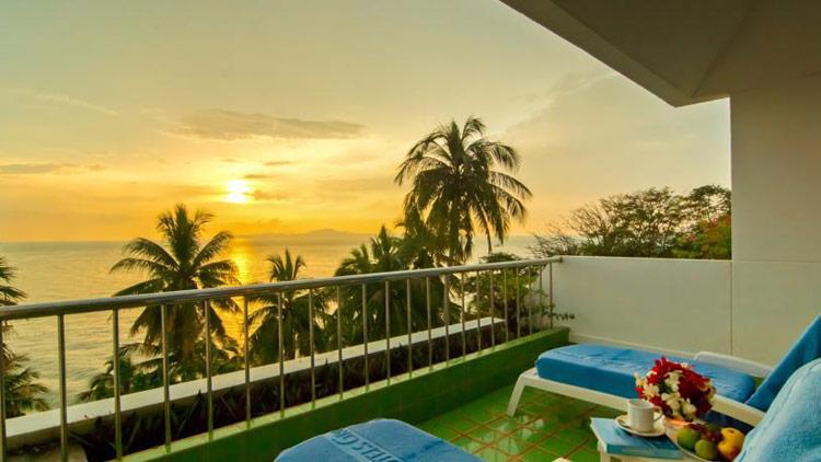 Лучшие отели холма Пратамнак, Паттайя: Royal Cliff Beach Terrace.