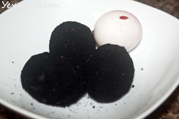Необычные продукты из Теско Лотус в Паттайе: черные соленые утиные яйца