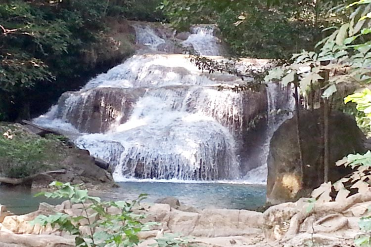 Фруктовый рай на реке Квай: водопад Эраван