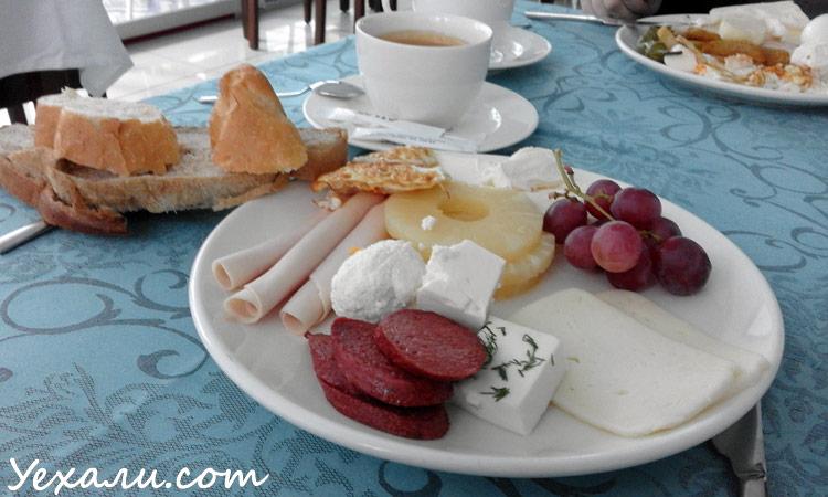 Завтраки в отеле все включено