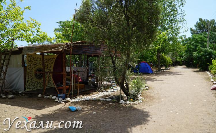 Палаточный городок в Турции