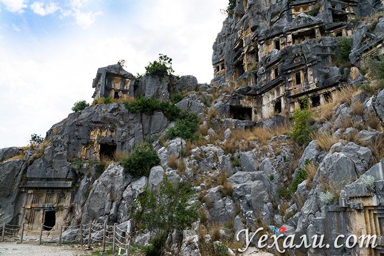 Ликийские гробницы в Мире, Турция.