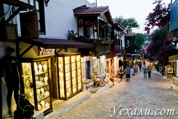 Город Каш в Турции: фото улиц.