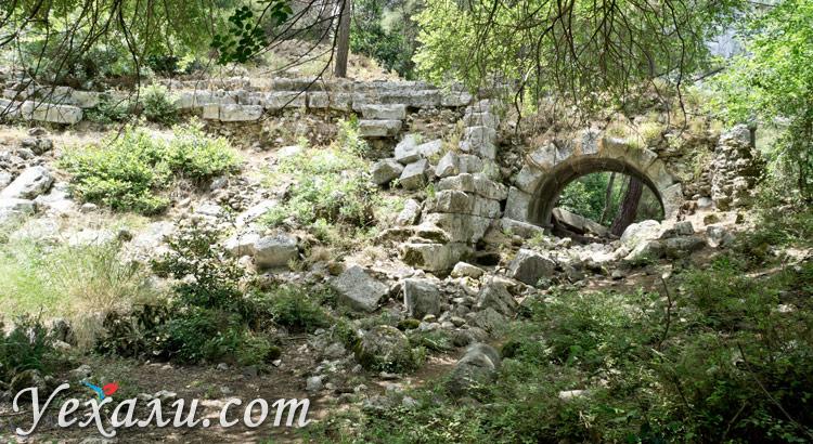 Город Олимпос в Турции: Амфитеатр