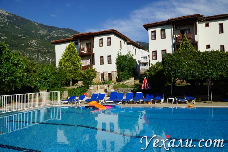 Апарт-отель в Олюденизе с бассейном