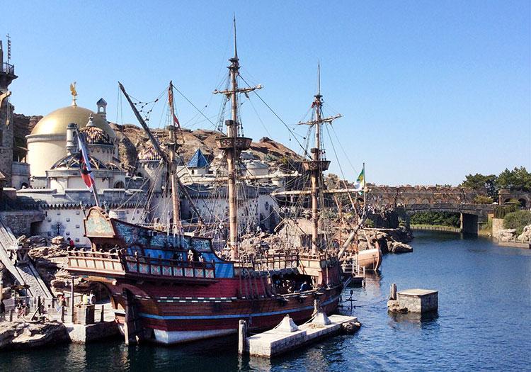 Достопримечательности Токио: Disney Sea.