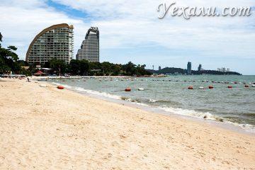 Пляж Вонгамат - самый чистый в Паттайе.