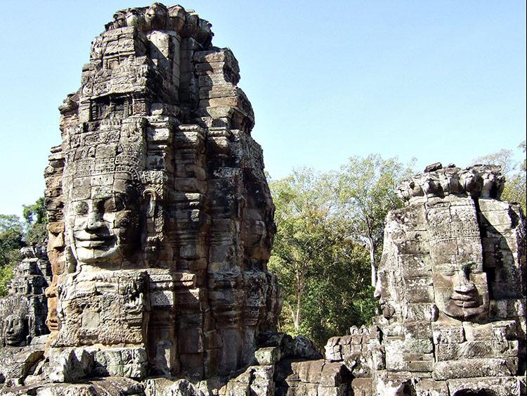 Фото храма Байон в Камбодже (Ангкор Ват, Сием Рип).