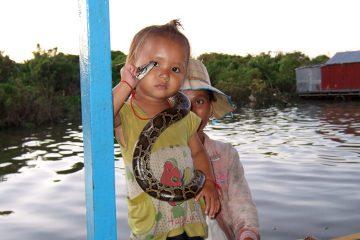 Озеро Тонлесап в Камбодже, фото плавучей деревни.