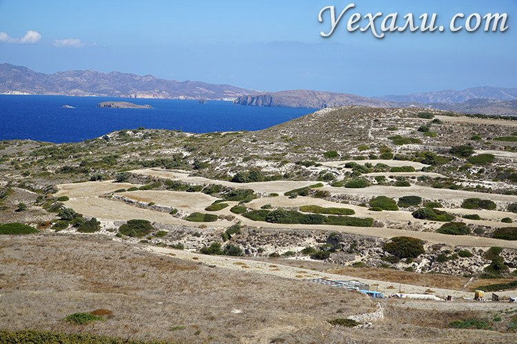 Скудность природы на Кикладских островах в Греции, остров Милос