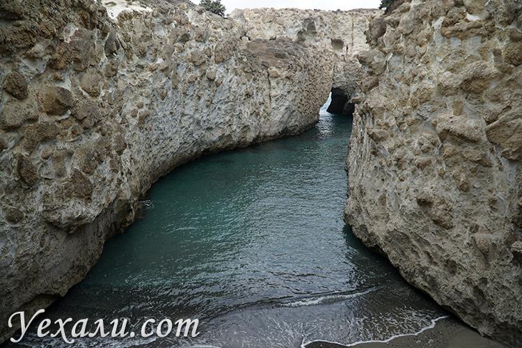 Пляж Папафрагас на Милосе, Греция