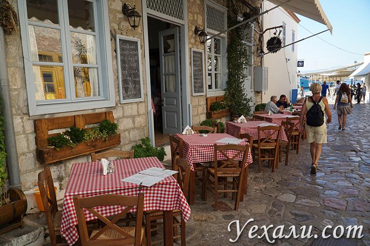 Фото кафе на острове Гидра