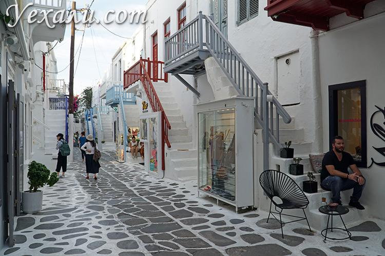 Достопримечательности Миконоса, Греция: Улица Матоянни.