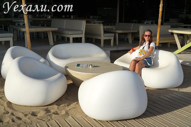 Ресторан на пляже Супер Парадайз на Миконосе