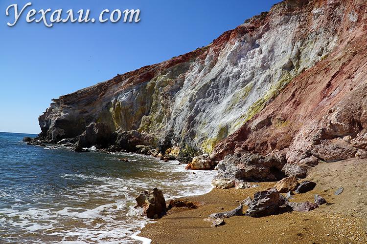 Пляж Палиохори на острове Милос, фото