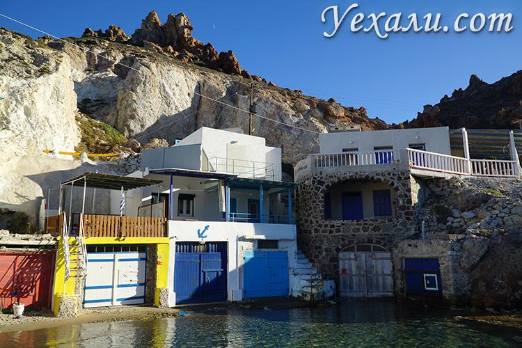 Поселок Фирапотамос на Милосе