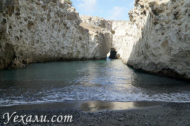 Все пляжи острова Милос, Греция: Папафрагас.
