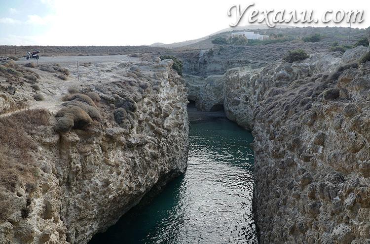 Все пляжи Милоса, Греция: Папафрагас.