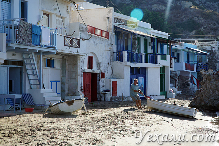 Фото поселка Клима на Милосе
