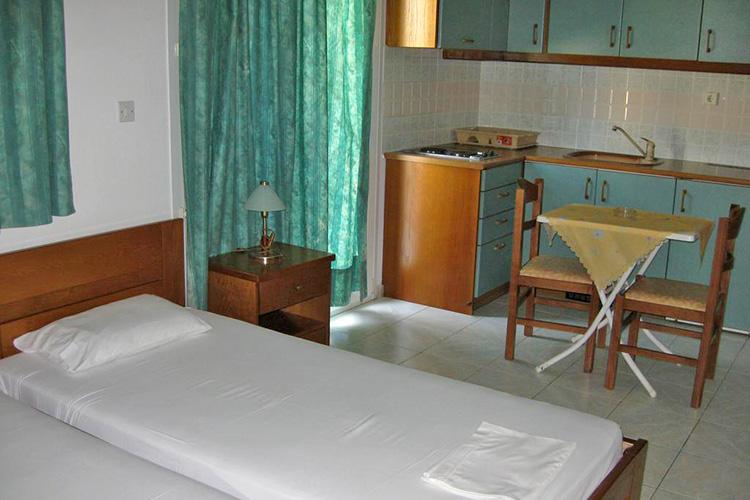 Лучшие отели острова Милос, Греция: Tina's Apartments.