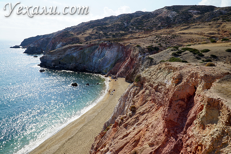 Утес на пляже Палиохори, фото