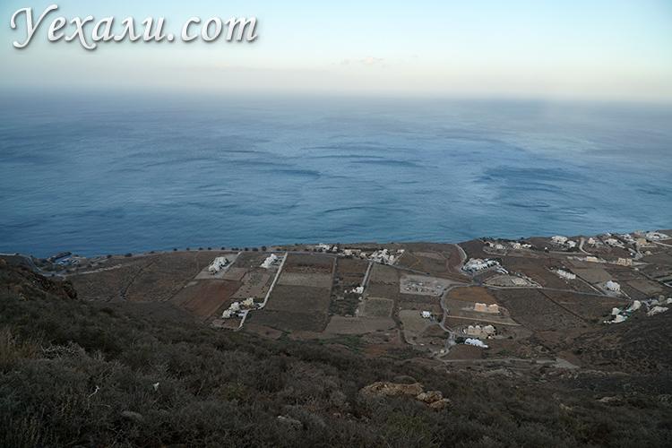 Правый берег Санторини