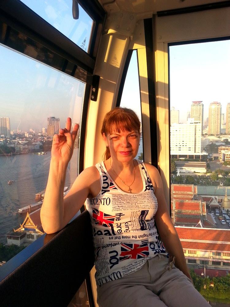 Колесо обозрения в Бангкоке, Тайланд, фото.