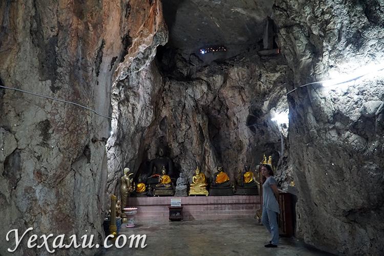 Храм Пещера Тигра Канчанабури