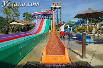 """Аквапарк Ramayana Water Park в Паттайе: горка """"Свободное падение""""."""