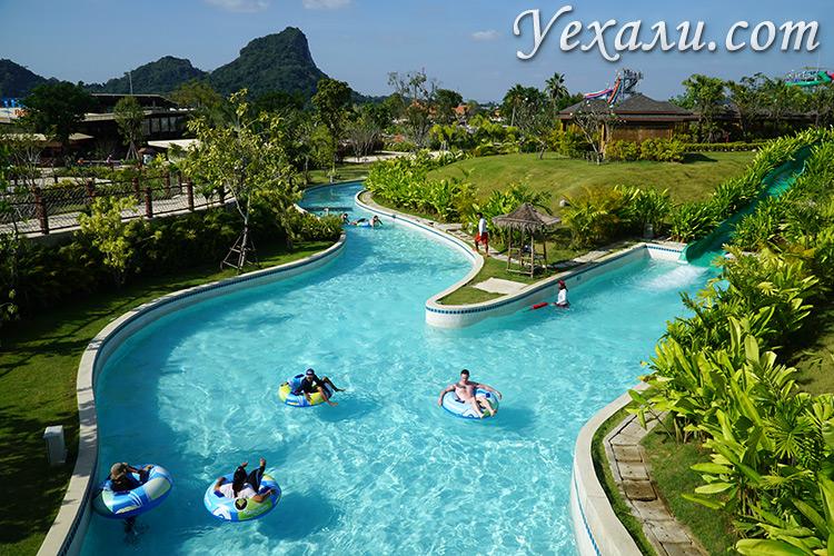 Фото аквапарка Рамаяна в Паттайе, Тайланд.