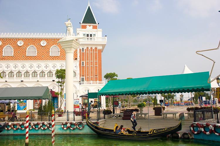 """Достопримечательности Хуа Хина, Таиланд. на фото """"Тайская Венеция""""."""