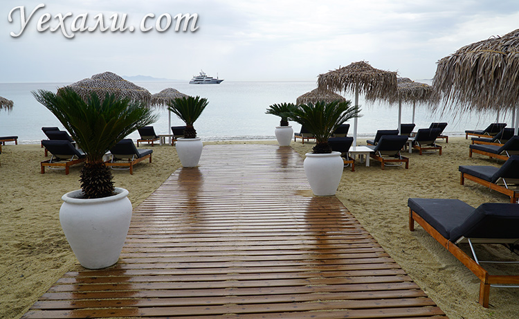 Пляж Платис Ялос на Миконосе