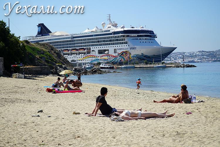 Лучшие пляжи острова Миконос в Греции: Агиос Стефанос.