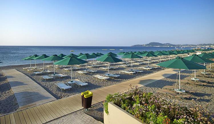 Где лучше отдыхать на Родосе: пляж Фалираки.