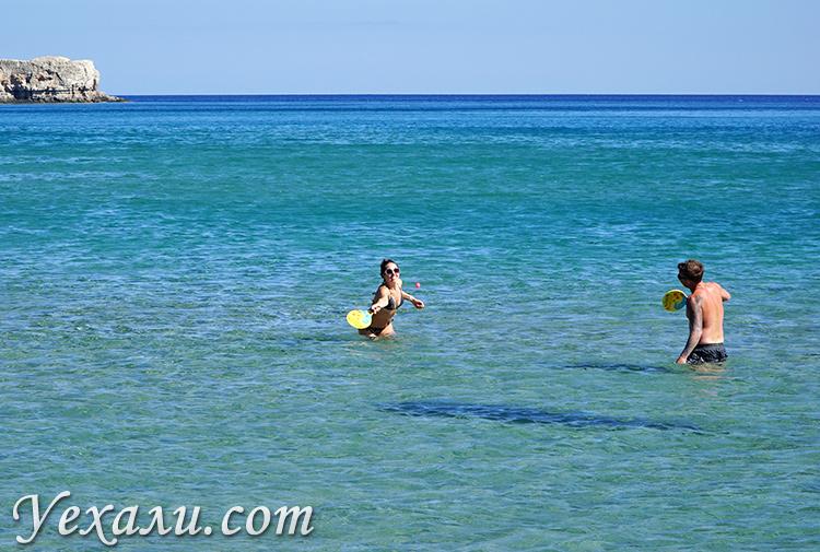 Пляж Цамбика на Родосе, Греция.