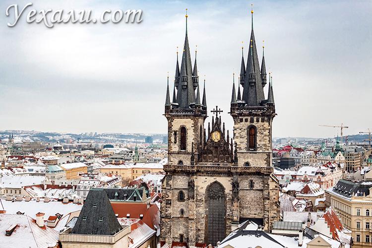 Староместская площадь в Праге. На фото: Тынский храм (Храм Девы Марии перед Тыном).