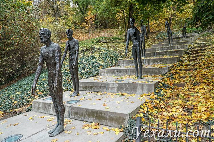 Что посмотреть в Праге за неделю самостоятельно. На фото: Мемориал жертвам коммунизма.