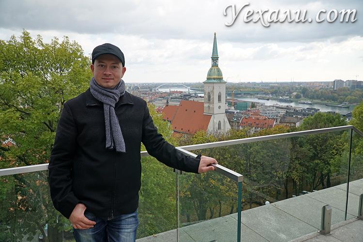 Главные достопримечательности Братиславы, Словакия. На фото: Собор святого Мартина.