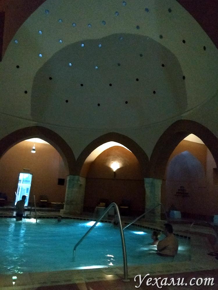 Настоящие фото бани Вели Бей в Будапеште