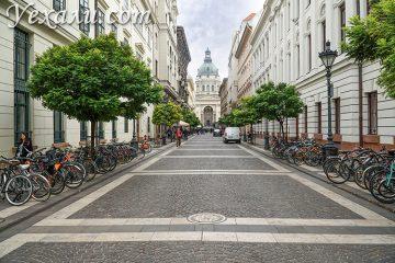 Где остановиться в Будапеште (Венгрия)? На фото: Внутренний город и Базилика святого Иштвана.