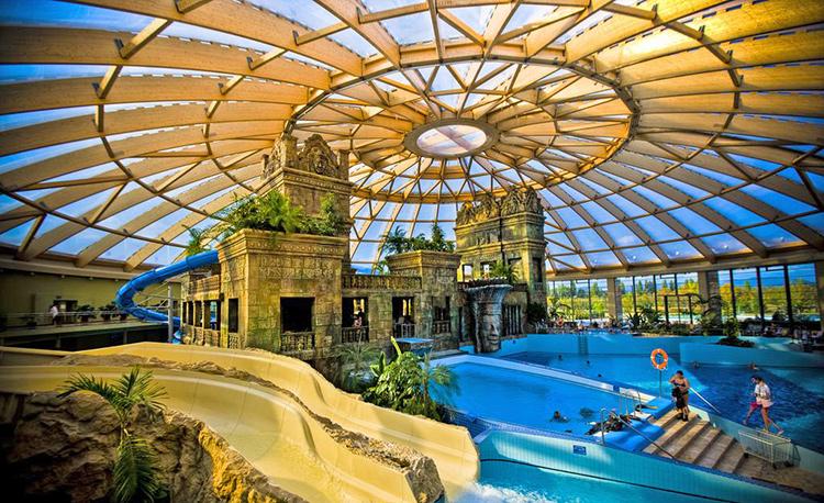 Термальные отели Будапешта. На фото: Aquaworld Resort Budapest.