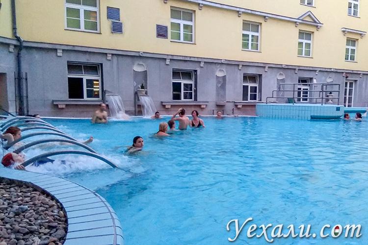 Купальни в будапеште, отзывы и цены. На фото: купальня Лукач.