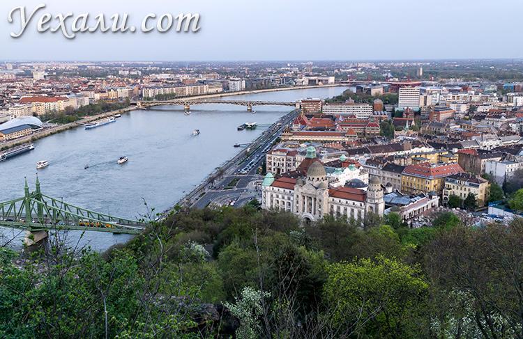 Лучшие смотровые площадки Будапешта. Фото с горы Геллерт.
