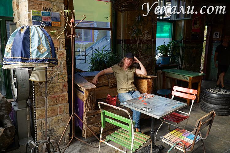 Где находится руин-бар Szimpla Kert в Будапеште