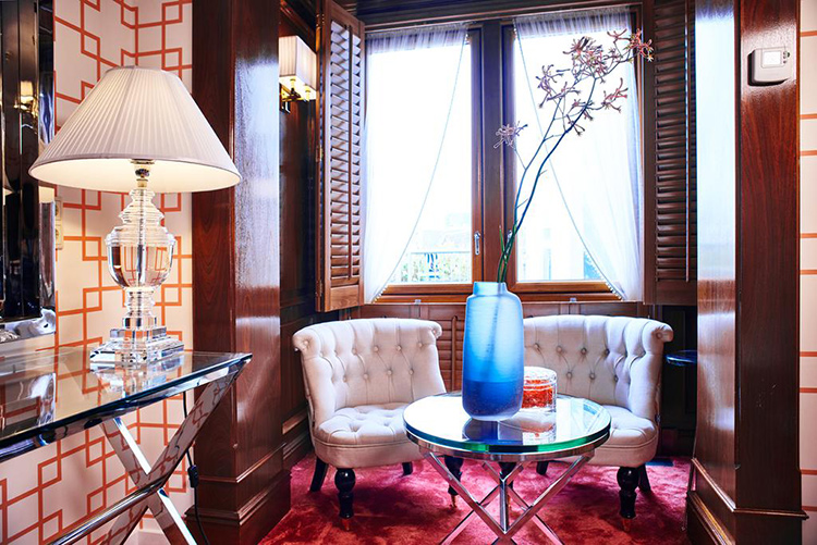 Отели в центре Амстердама 4 звезды: Hotel Estherea.