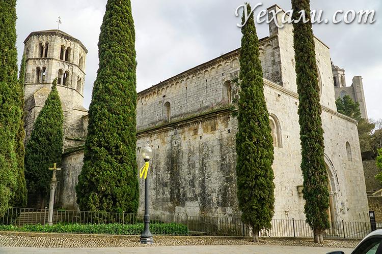 Места съемок Игры престолов в Испании: монастврь Sant Pere de Galligants, Жирона.