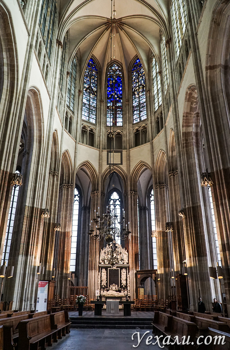 Домский собор святого Мартина в Утрехте, Голландия.