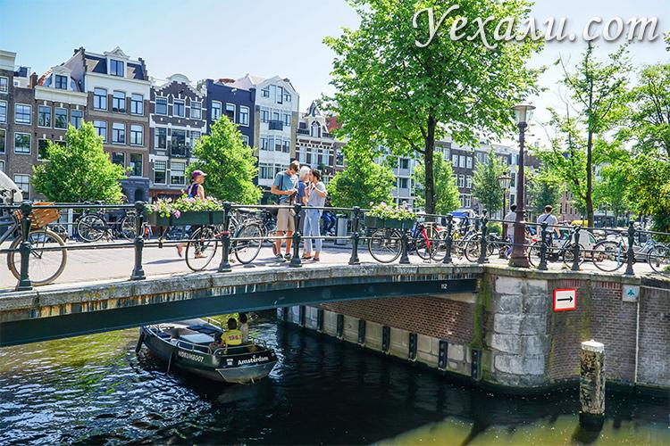 Самые красивые места в Амстердаме: канал Принсенграхт.